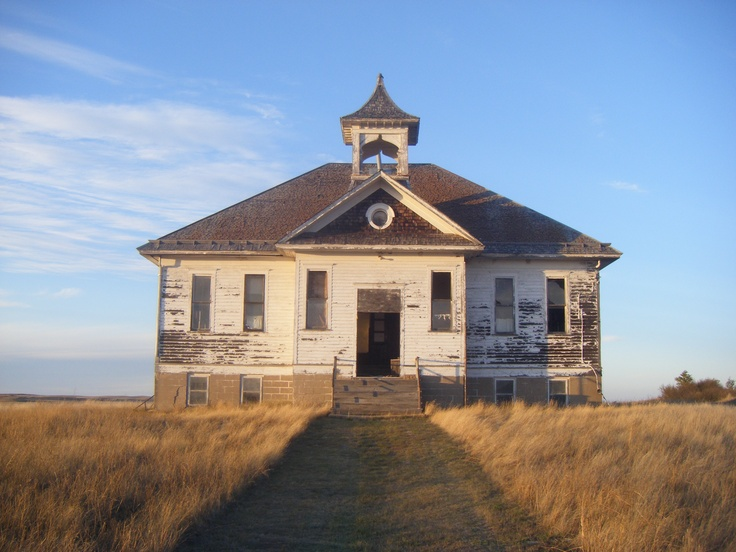 10 images about abandoned school houses on pinterest the old minnesota and arkansas - The house in the abandoned school ...