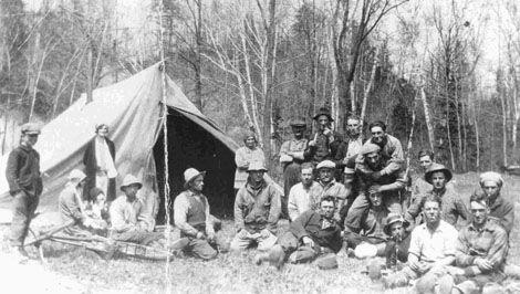 Camp de bûcherons sur les terres du seigneur Joly de Lotbinière (aujourd'hui la municipalité de St-Janvier-de-Joly) Photo 3195 - PHSL