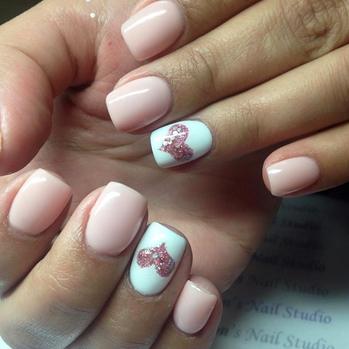 24 Heart Nail Designs to Show off your Engagment Ring - Best 25+ Heart Nails Ideas On Pinterest Heart Nail Art, Simple