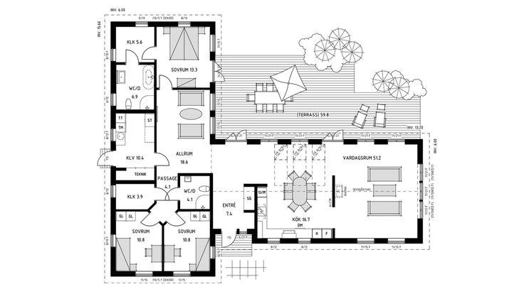 Enplanshuset Villa Österlen är ett klassiskt vinkelhus med många möjligheter och skyddad hörna på baksidan. Se fler fakta, bilder och ritningar här!