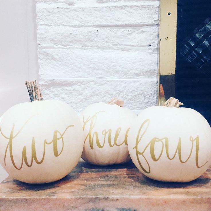Use white pumpkins as your table numbers for you wedding #calligraphy #pumpkins #fall #wedding #white