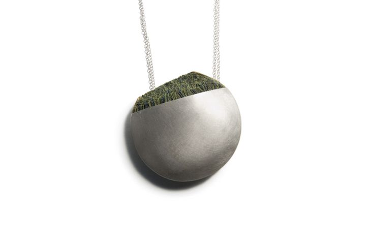 green necklace.jpg