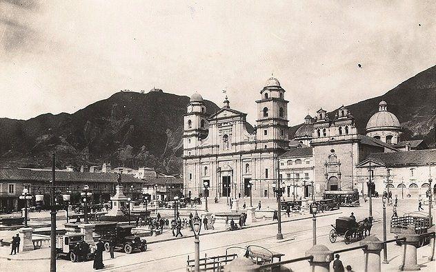 Fotos antiguas de Bogotá - Plaza de Bolívar