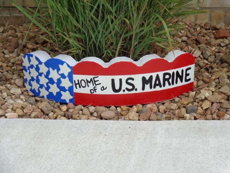 Proud military Mom!   I am going to make this.  It will say Home of a U.S. Airman.  Love it.