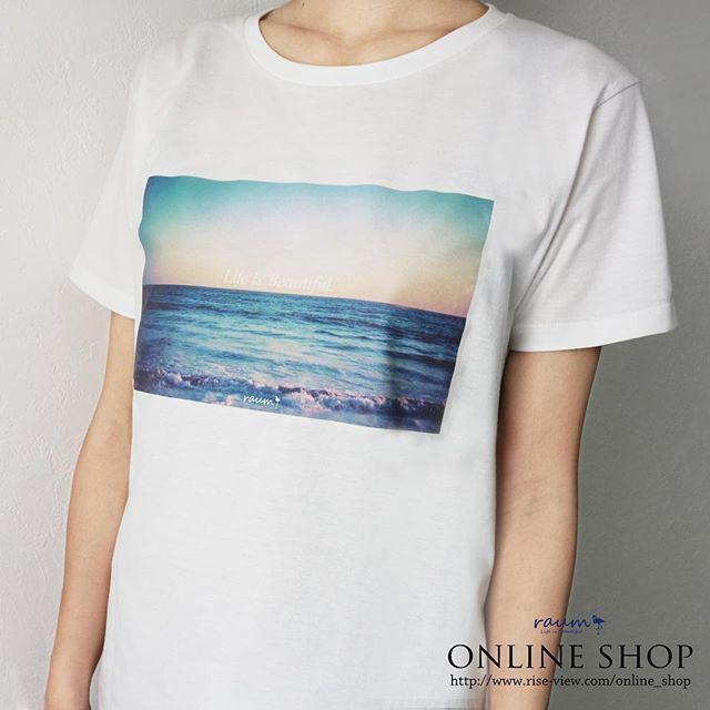 【NEWS】 オンラインショップでオリジナルTシャツの販売を開始致しました。  http://www.rise-view.com/online_shop/  細身のスキニーは勿論、ワイドパンツやスカートとも相性抜群。 オーソドックスなシルエットは、スタイリングの幅が広く、様々なシーンで活躍。 ユニセックスで着れる点も嬉しいポイントです。  #raum #raumplus #riseview #ライズビュー #accessory #アクセサリー #hairaccessory #ヘアアクセサリー #smartphonecase #スマートフォンケース #スマホケース #iphoneケース #nail #ネイル #nailpolish #manucure #cosmetics #化粧品 #セルフネイル #1daynail #tシャツ #トップス #fashion #ファッション #人気 #オススメ #トレンド #流行り