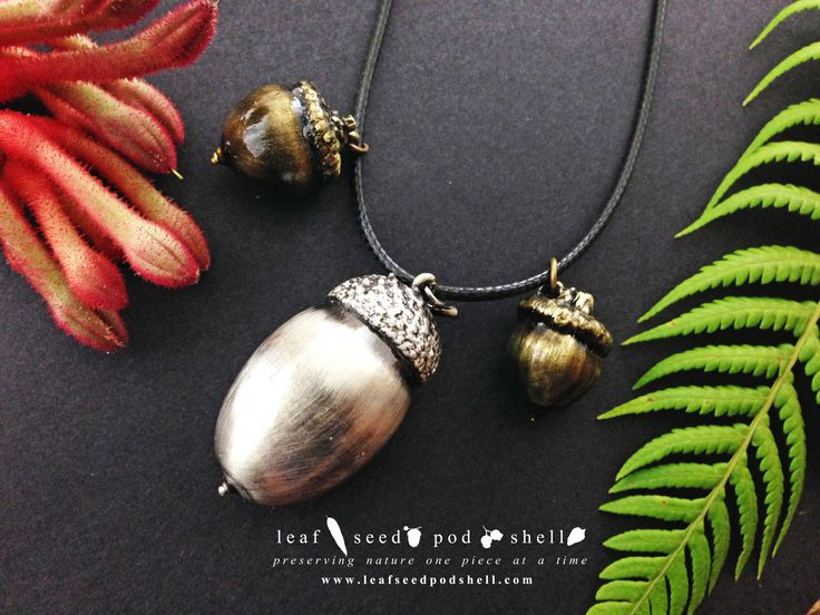 Here's a beautiful  acorn trio, the large central acorn is electroformed in a rustic antique silver finish and the other two smaller acorns are electroformed in an antique brass finish.  Cat No 497 to find it in our store.  Link in bio.  #leafseedpodshell #crystal #crystals #electroform #electroforming #electroformed #jewelry #jewellery