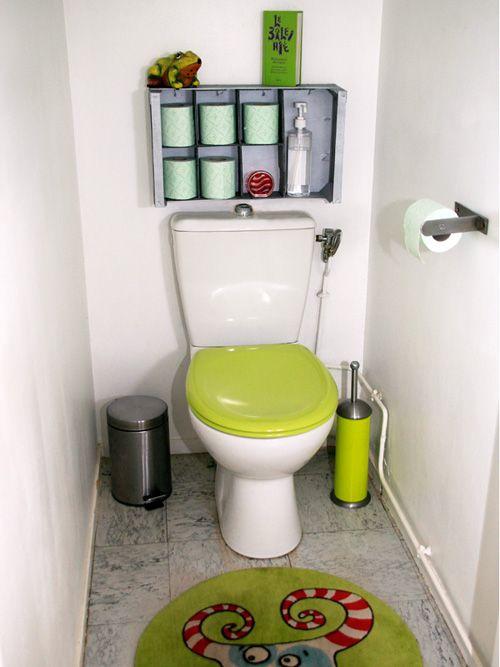 DIY - Créez un rangement récup pour vos toilettes à base de cagette en bois. http://www.ateliers-de-mireia.com/index.php?2011/11/24/173-un-rangement-malin-recup-pour-vos-wc