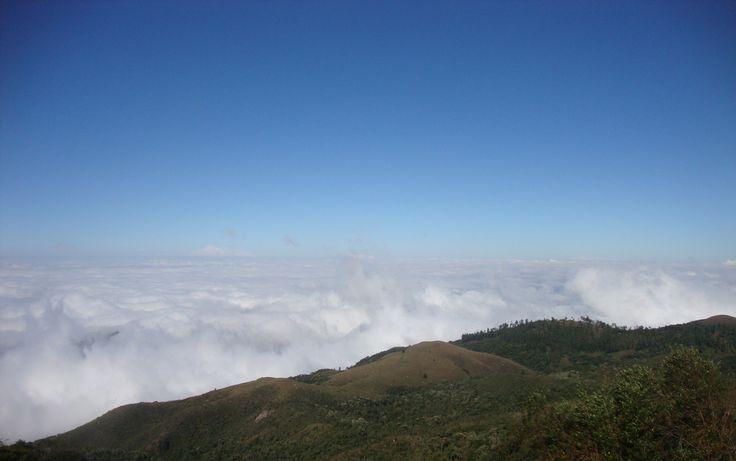 Fernando, de Suzano, SP, fez imagem do topo do Pico do Itapeva, em Campos do Jordão, SP, com uma câmera Sony Cybershot