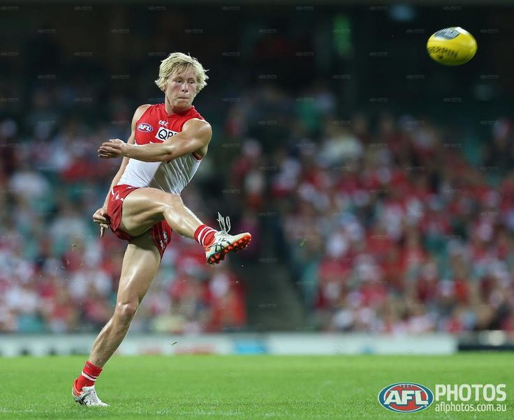 Round 3 - Isaac Heeney of the Swans