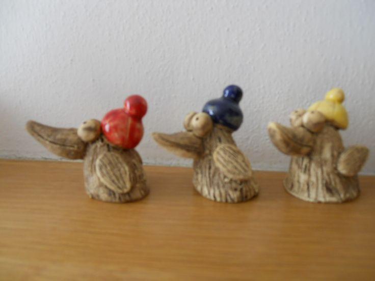Ptáčci čepičáři keramika