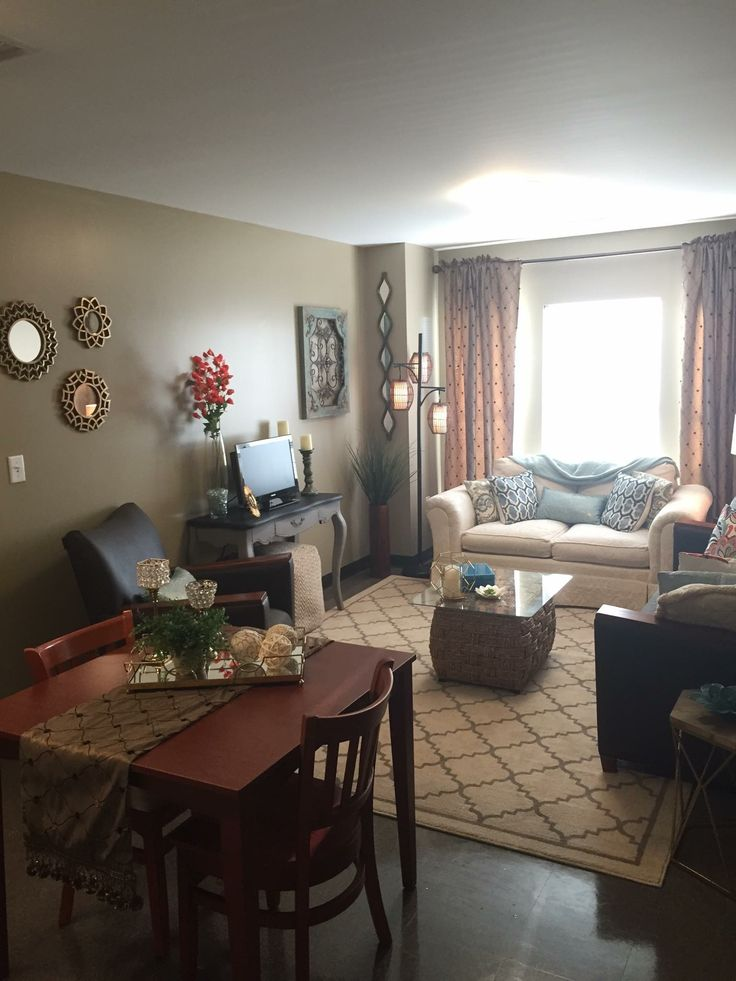 Living Rooms Layouts: Best 25+ Dorm Room Layouts Ideas On Pinterest