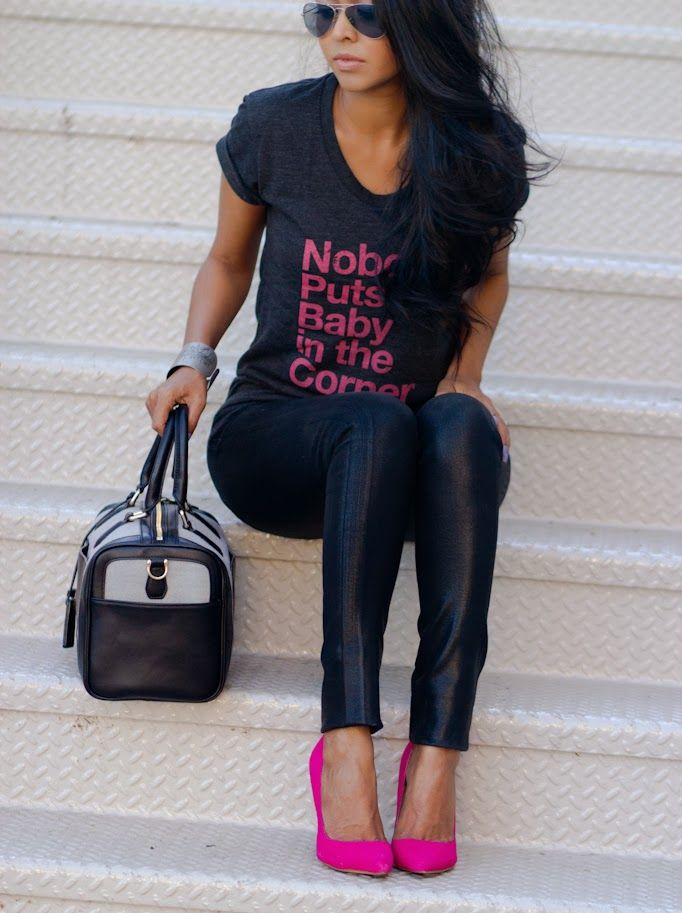 HA...LOVE THIS LOOK !!! Casual Printed Tee, leather pants and a pop of color shoe :)