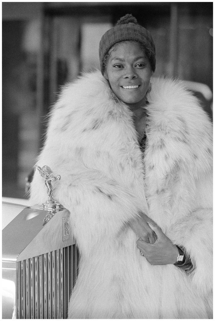 Dionne Warwick Young | Dionne Warwick, 1973 | © Jazzinphoto