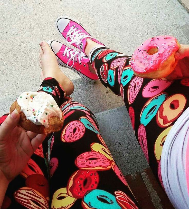 LuLaRoe donut leggings #lularoeleggings #lularoekaylaspring #leggings #donuts…