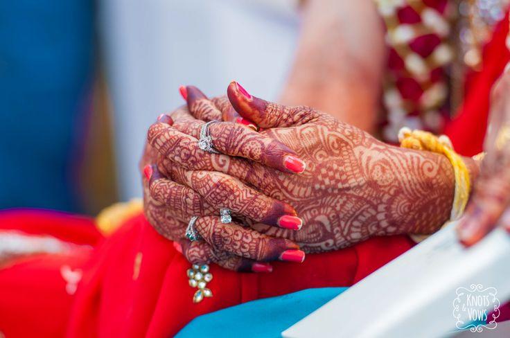 Rucha + Rahul. Maharashtrian Wedding Photography by Knots & Vows. #weddingPhotography #weddingInsipiration