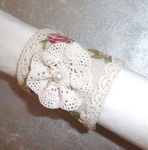 κρίκος πετσέτας πλαστικό επενδυμένο εσωτερικό με ύφασμα και δαντέλα δαντέλα λουλούδι πέρλα περίμετρος 18 Χ 7 ύψος