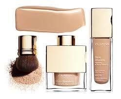 Dit is een vloeibaar foundation. Je huid blijft zichtbaar en erg natuurlijk. Kan je zowel voor droge tot normale huidtype gebruiken.