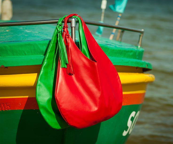 Kiedy zobaczyłam te nadmorkie łodzie miałam tylko jedno skojarzenie z naszą Selenią w kolorze czerwonym i zielonym. Idealnie, prawda?
