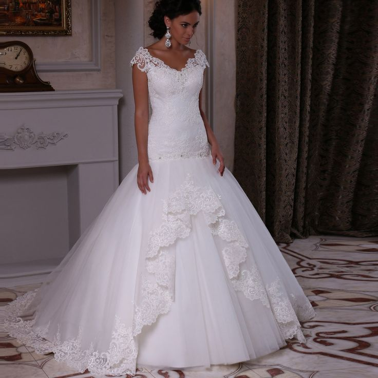 Best 25+ Wedding dress outlet ideas on Pinterest | Mermaid ...