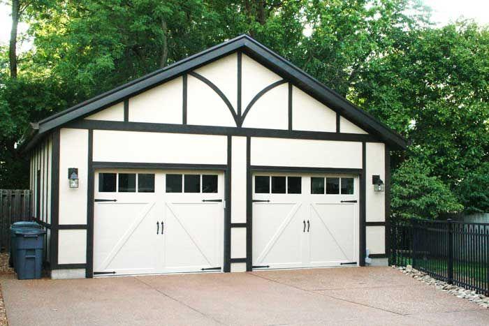 17 best images about garages on pinterest 3 car garage for Stucco garage