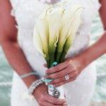 свадебный букет невесты из белых калл