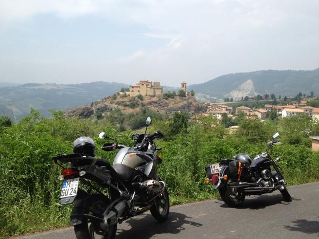 Pompeano Castle as seen during ECMC LCRoma BikeRun 2012
