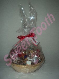 Retro Sweet Hampers start from just £5.99. Includes lots of retro sweet favourites such as bon bons, sherbert fountains, dip dabs, lollies, parma violets, love hearts and many more.  Visit www.sweettoothampers.co.uk for more information.