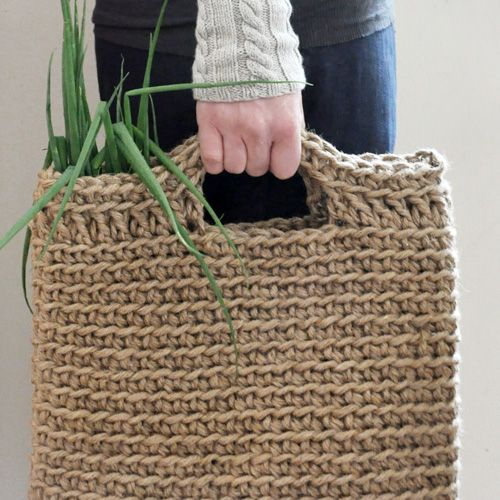 Crocheted jute shopping bag
