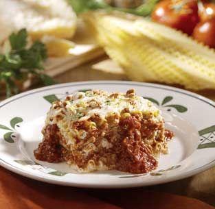 Olive Garden Lasagna!  http://www.cdkitchen.com/recipes/recs/524/Olive_Garden_5Cheese_Lasagna35436.shtml