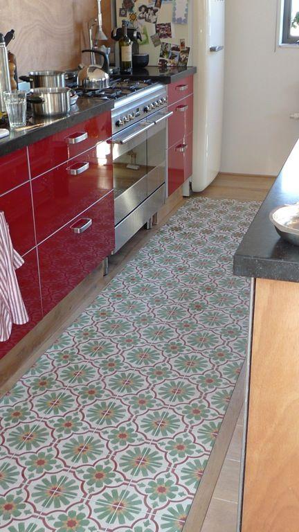 Ideetje keukenvloer, combo tegel hout   Idee u00ebn voor het huis   Pinterest   Red cabinets, Van and Red