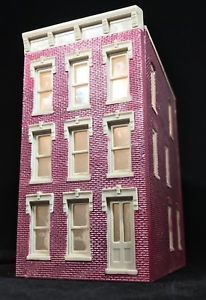 HO Scale 3-Story Townhouse Apartment or Office Building• Built Up & Lighted    eBay