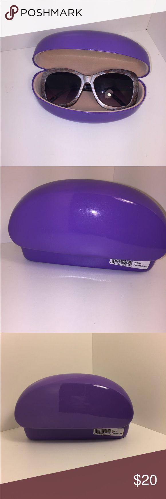 NWT Sunglasses Purple Case Cute Vinyl XL Sunglasses Case New in this gorgeous Violet/Purple Color Accessories Sunglasses