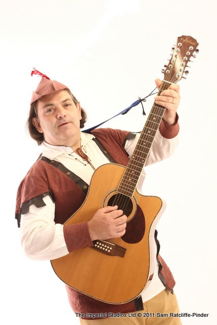 The Wandering Minstrel of MinstrelGreetings.com Real Singing Telegrams Sheffield and across the UK