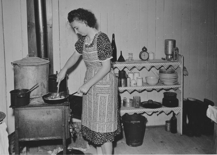 19 best Hans Roden - Speyerer Fotos aus der frühen Nachkriegszeit - küchen im retro stil