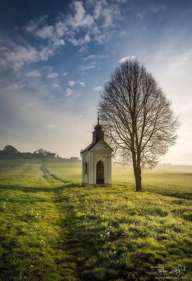 Field chapel (Slovenia) by Peter Zajfrid / 500px