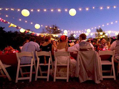 Hyggelig udendørs bryllup med udsigt til stjernerne!