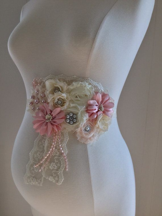 Gorgeus Vintage Dusty pink Ivory Maternity Sash/Birdal Sash/Baby Shower Gift/Maternity photo props/senior photo/Belly Belt/Very full sash
