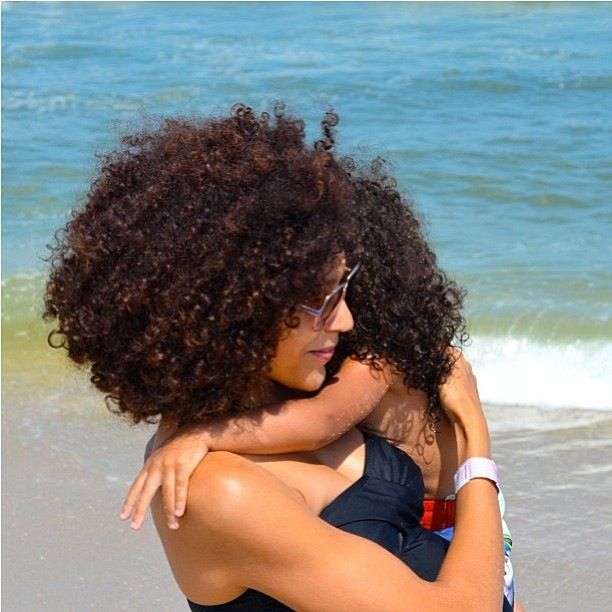 ❤ ~ When my curls get frizzy, I simply add  aloe vera gel mixed with jojoba oil, coconut oil, castor oil and vitamin E oil in a spray bottle and spritz all over.  Then apply my leave-in of choice. ~