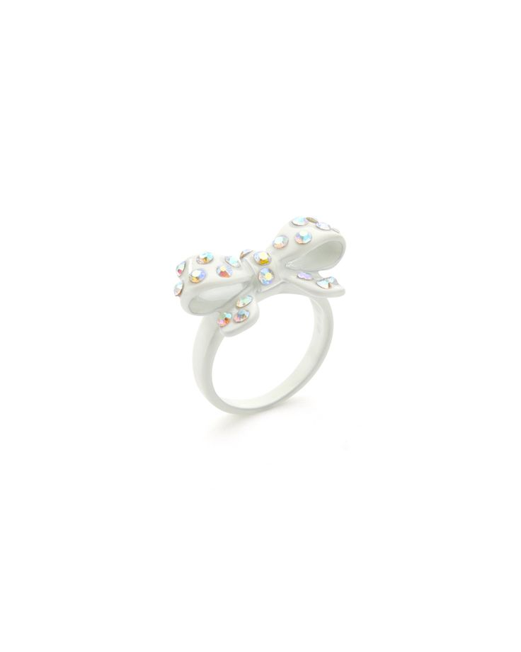 Cute bow ring!