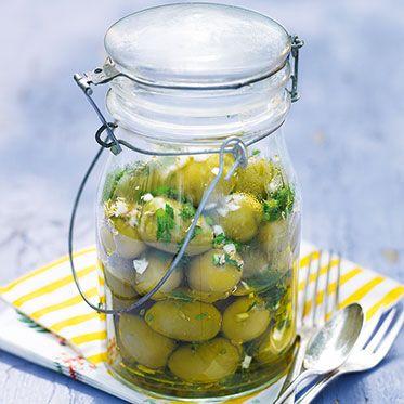 Marinierte Oliven mit Fenchel