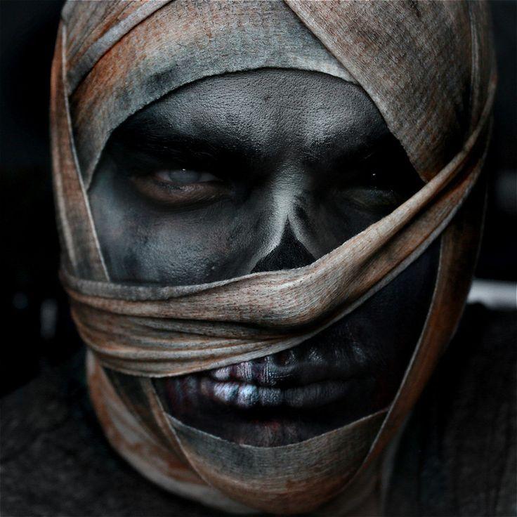 Macabre Makeup: Alex Faction's Creepiest Halloween Looks | Beautylish
