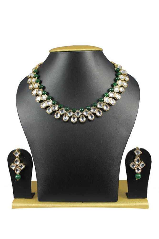 Dazzling Green Pearls Indian Bollywood Kundan Wedding Wear Necklace Jewelry Set #natural_gems15 #GoldPlated