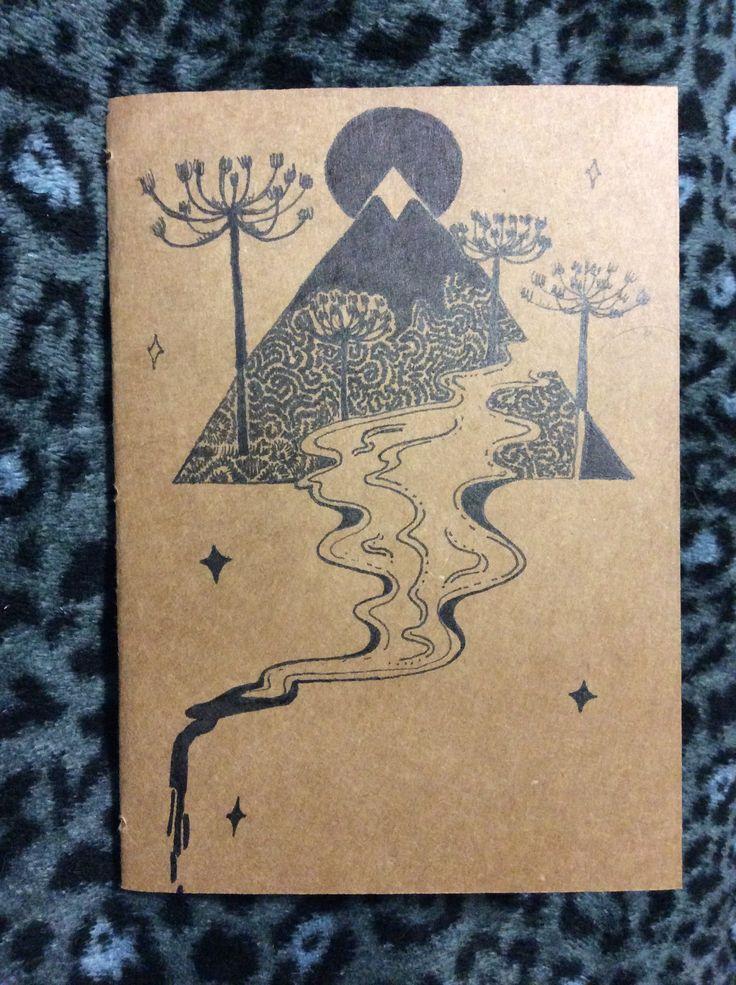 Encuadernación e ilustración hecha a mano