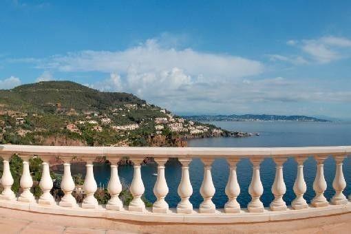 Location vacances appartement Théoule-sur-Mer: terrasse vue baie de cannes