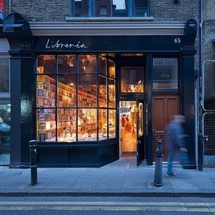 17 Cozy Spots In Central London Every Writer Should Know About