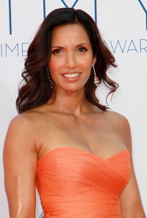 Padma Lakshmi is not afraid to show her scar (due to a car crash). Good for her!!