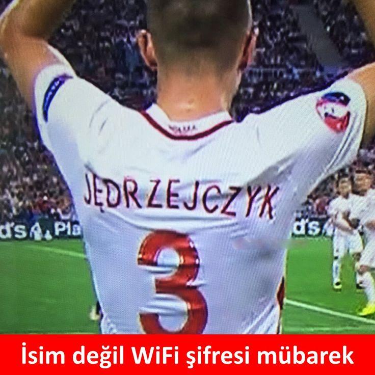 İsim değil WiFi şifresi mübarek. :) #mizah #matrak #komik #espri #şaka #gırgır #komiksözler #caps
