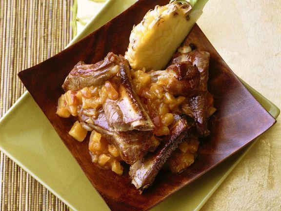 Schweinerippchen mit Ananassauce ist ein Rezept mit frischen Zutaten aus der Kategorie Schwein. Probieren Sie dieses und weitere Rezepte von EAT SMARTER!