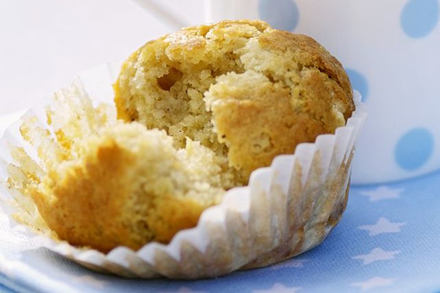 Vous cherchez une recette de muffins pour utiliser vos bananes trop mûres? Ceux-ci sont merveilleux pour le petit-déjeuner ou la pause-café.