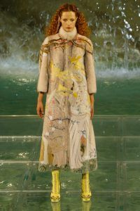 Legends and Fairytales - With a phantasmagoric show of epic proportions against the backdrop of Rome's Fontana di Trevi did Fendi Fashion House choose to present its second Haute Fourrure collection while also celebrating its 90th anniversary...http://www.infurmag.com/legends-fairy-tales-fendi-2016-haute-fourrure/